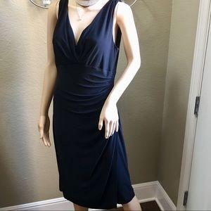 Black Super Comfy Dress Sz L Fitted Silhouette